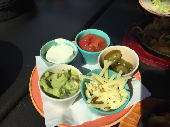 Las Iguanas: 1 of selections of toppings