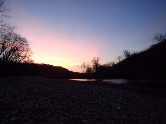 Yellville, AR: Sunrise