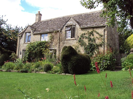 Northleach, UK: Yew Tree Cottage, Turkdean