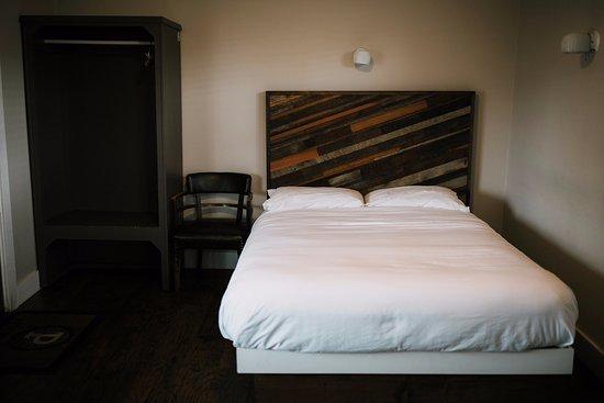 Pitchwood Inn
