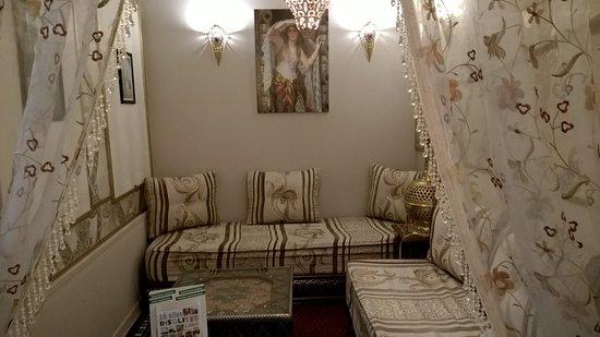 La Vallee Kabyle  Très belle décoration des petits salon