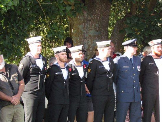 Matakana, New Zealand: Navy representatives