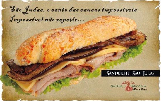 State of Sao Paulo: Tiras de beringela grelhada num pão fresquinho e crocante...Hummm!