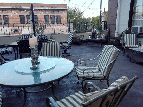 Douglas, AZ: gemütliche Sitzplätze auf der Dachterrasse