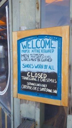 Dolphin Bar & Shrimp House: Signage