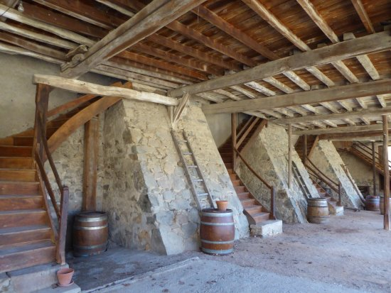 Quincie-en-Beaujolais, France: Up to the Workers Lofts