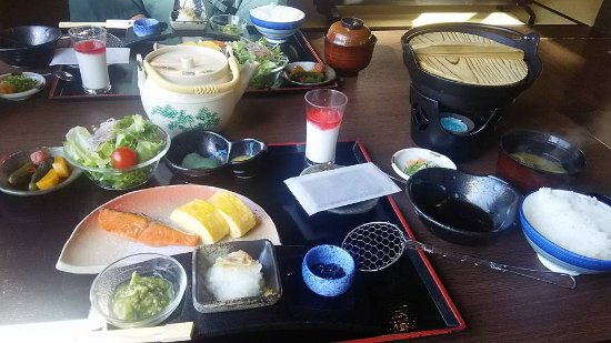 Higashiomi, Japón: 永源寺温泉 八風の湯 お食事処 山水 朝食