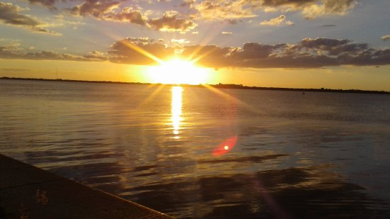 Guaiba Lake (River): 20170422_174352_large.jpg