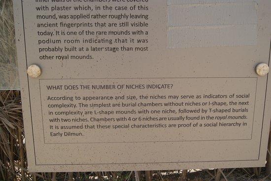 Dilumn Burial Mounds