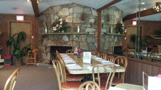 Όκλαντ, Μέριλαντ: Hilltop Restaurant