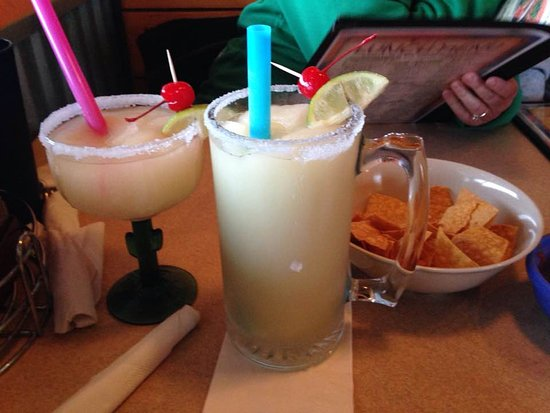 Cherokee, IA: the small and medium blended lime margaritas!