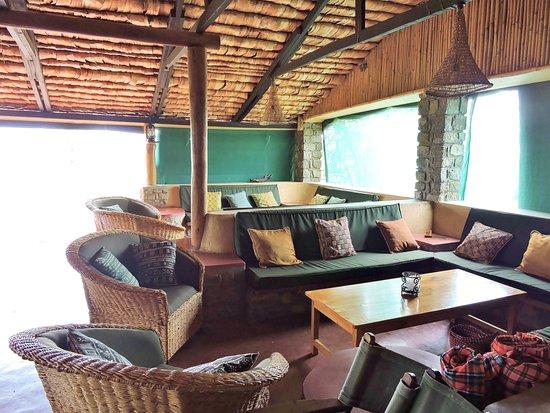 Ndutu Safari Lodge: Lounge