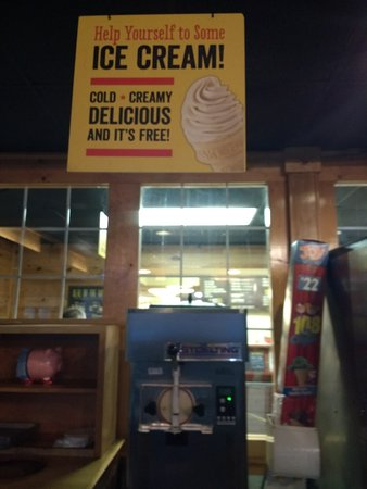 Florence, Carolina del Sur: Free ice cream! Enough said!