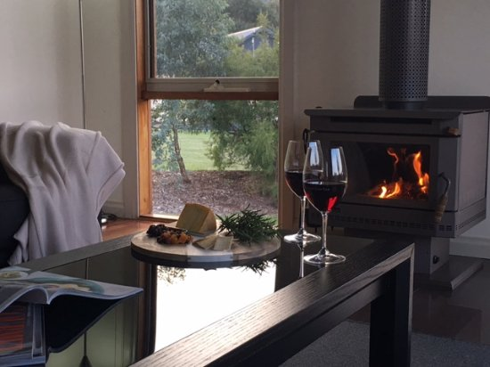 Cheese and Wine - Yering Gorge Cottages