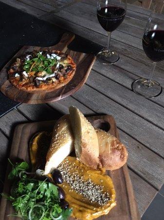 Yering, Australia: Pizza Night - The Eastern Golf Club