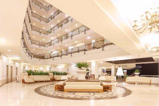 Palasia Hotel Palau: Lobby