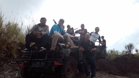 Sleman, Indonesia: jeep lava tour