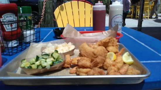 Crabby Bill's Clearwater Beach: IMG_20170424_125003_large.jpg