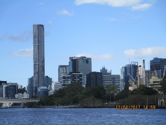 view of meriton from river picture of meriton suites. Black Bedroom Furniture Sets. Home Design Ideas