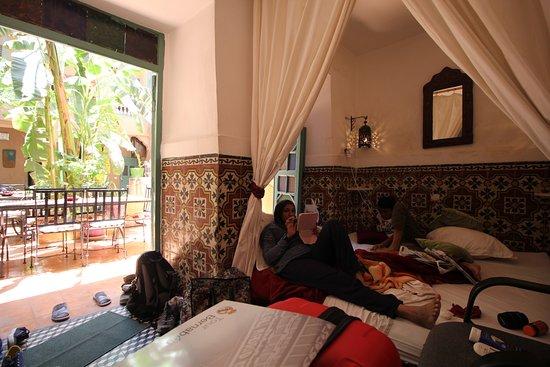 Riad dar mchicha hotel marrakech maroc voir les for Chambre 13 film maroc