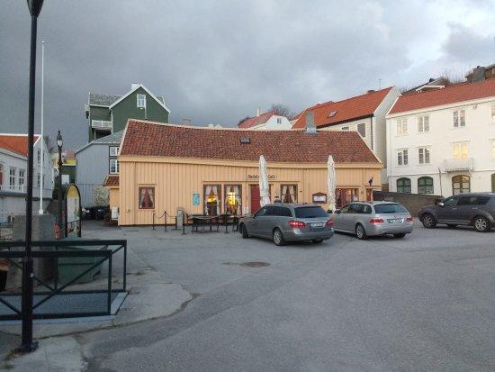 Kristiansund, Noruega: IMG_20170425_213616232_large.jpg