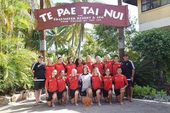 Arorangi, Islas Cook: Ellerslie Mustangs