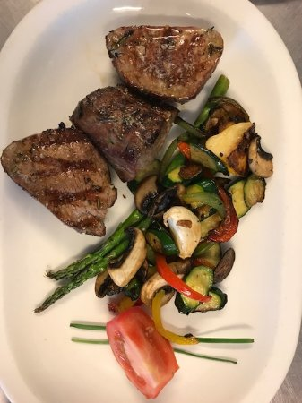 Riebeek Kasteel, South Africa: Beef Fillet with fresh veggies