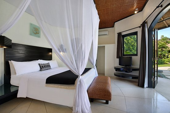 The Villas Bali Hotel & Spa: The bedroom