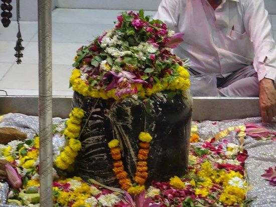 Babulnath Temple : Shivlinga of Temple
