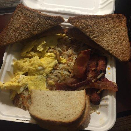 Pleasanton, Kaliforniya: 3 egg breakfast