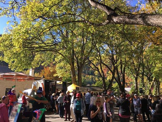 Arrowtown, Νέα Ζηλανδία: Adore this gorgeous town! Beautiful autumn colours everywhere!