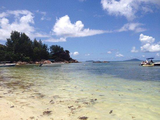 Praslin Island, Seychelles: Bucht auf Curieuse