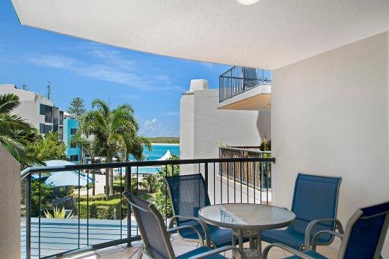 Caloundra, Australia: 3 Bedroom Garden View Apartment