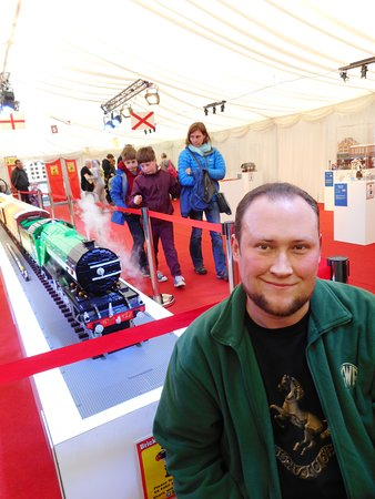 Tenterden, UK: Me with the Lego Flying Scotsman model.