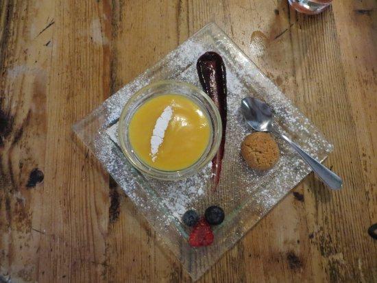 Duloe, UK: Dessert - Lemon Posset
