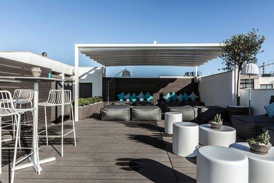 Hotel Juliani: Rooftop Pool and Lounge