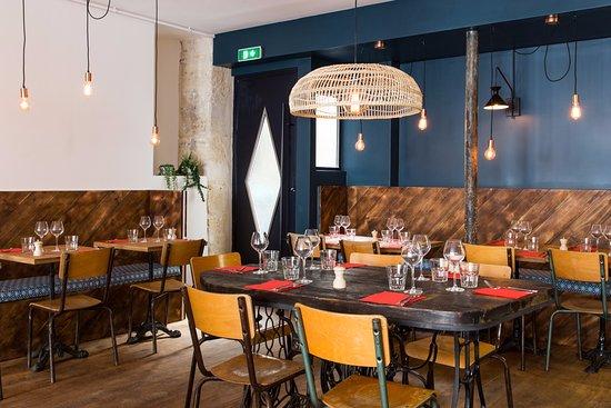 les pinces pigalle paris saint georges restaurant. Black Bedroom Furniture Sets. Home Design Ideas