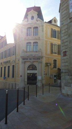 Auch, Prancis: La Grande Salle de l'Hôtel de France