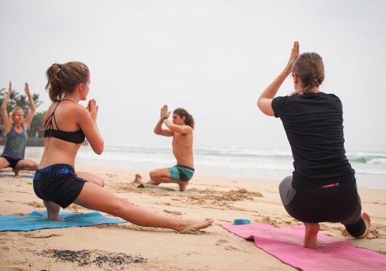 Ahangama, Σρι Λάνκα: FREE Yoga on the beach every Sunday