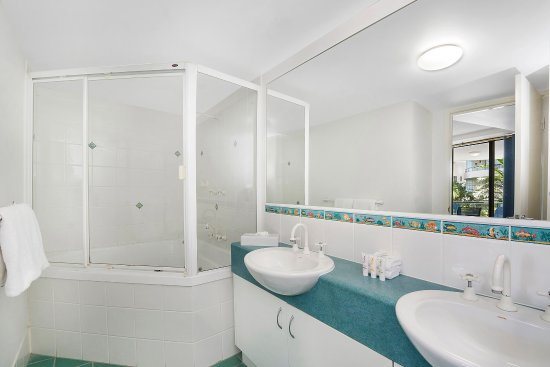 Caloundra, Australia: 2 Bedroom Garden View Apartment