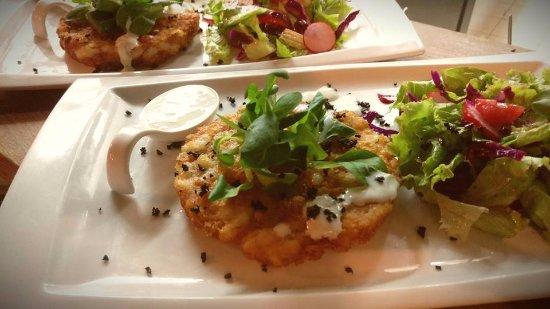 Wine Bar & Restaurant Artichoke: One of our specialities- shrimp burger