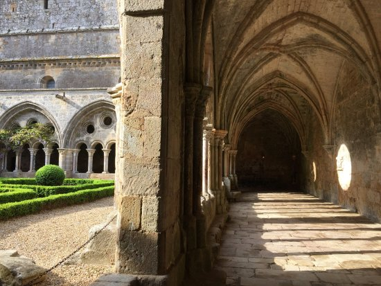 Abbaye de Fontfroide : photo1.jpg
