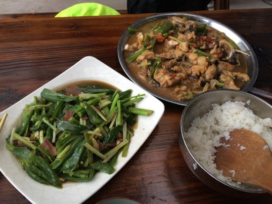 Laozhaishan Hotel : Home-cooked meals available at the kitchen