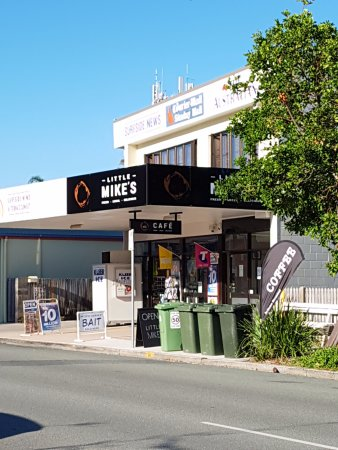 Cafe front, Little Mike's, Woorim