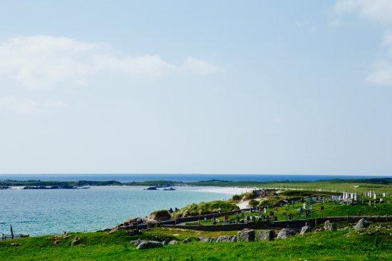 Roundstone, Irlanda: View of Gorteen Bay's long beach