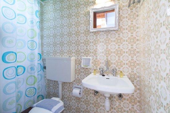 Cozy Twin Room Bathroom Picture Of Casa Dei Venti Benitses