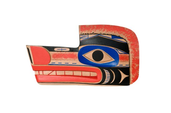 Surrey, Canadá: Found in the Pacific Northwest Coast.  Handcrafted by Kwakuitl Native.    Wolf made of Cedar.