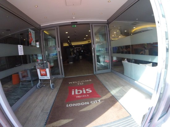 Ibis Hotel  Commercial Street London