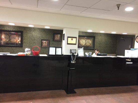 Murfreesboro, TN: reception desk