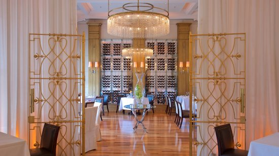 Zinfandel S Restaurant Cuba Section Picture Of Esplanade Zagreb Hotel Tripadvisor